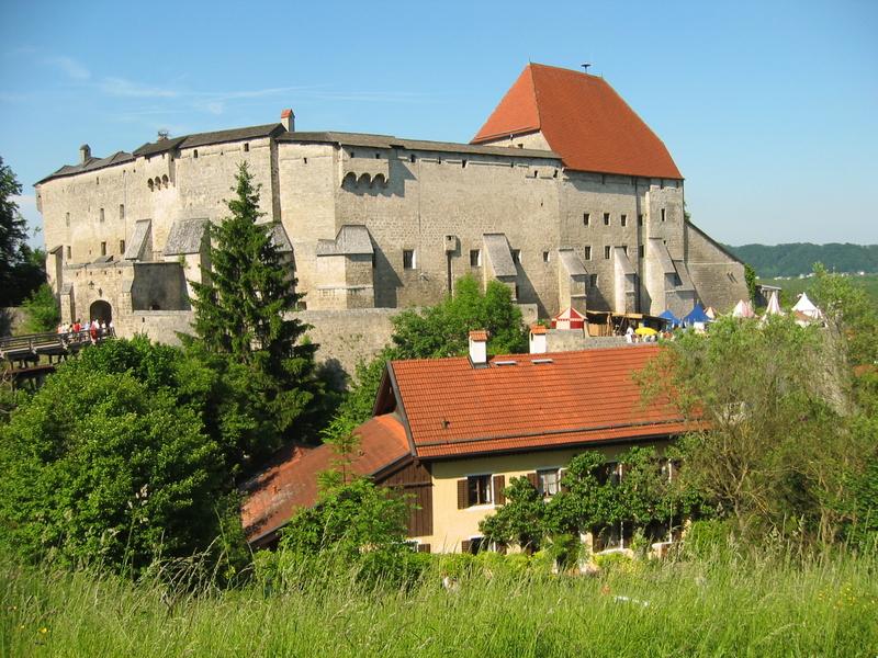 Tittmoning Burg