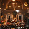 """Als Solistin (u. a. """"Schindlers Liste"""") mit Feygele und dem Kammerorchester Maria Stern, Auftritt in der Synagoge Augsburg"""