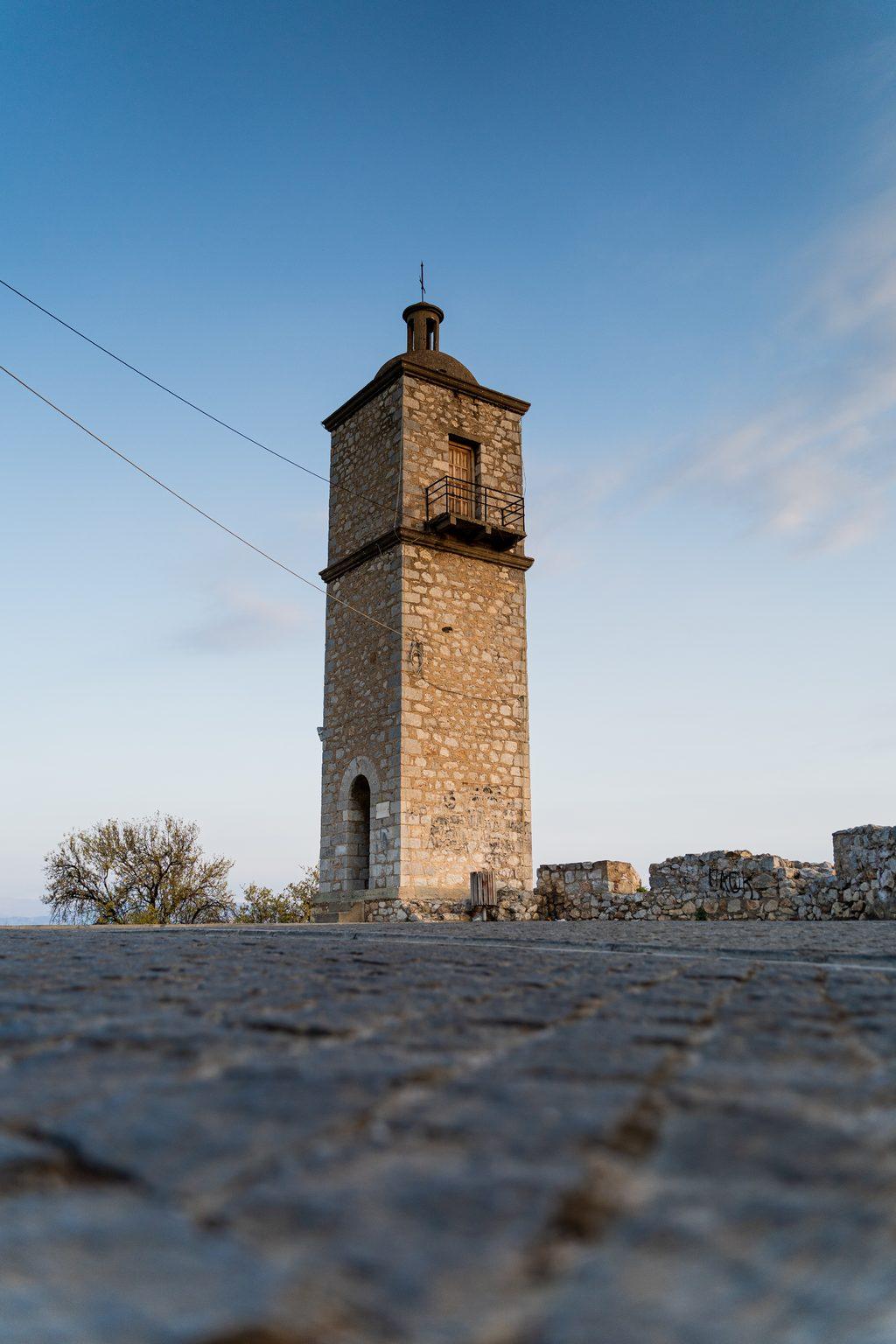Kirchenturm in Nafplion am Peloponnes.