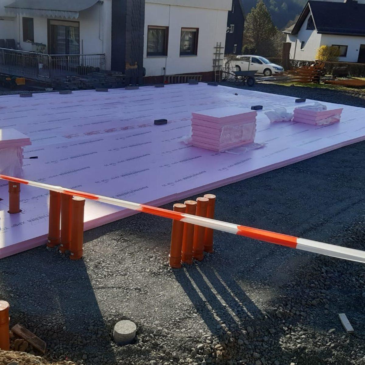 Bodenplatte und Hausbau