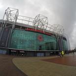 Old Trafford von aussen...