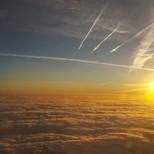 Über den Wolken ist die Freiheit tatsächlich grenzenlos