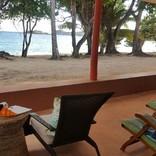 Unsere Veranda, direkt am wunderschönen Strand