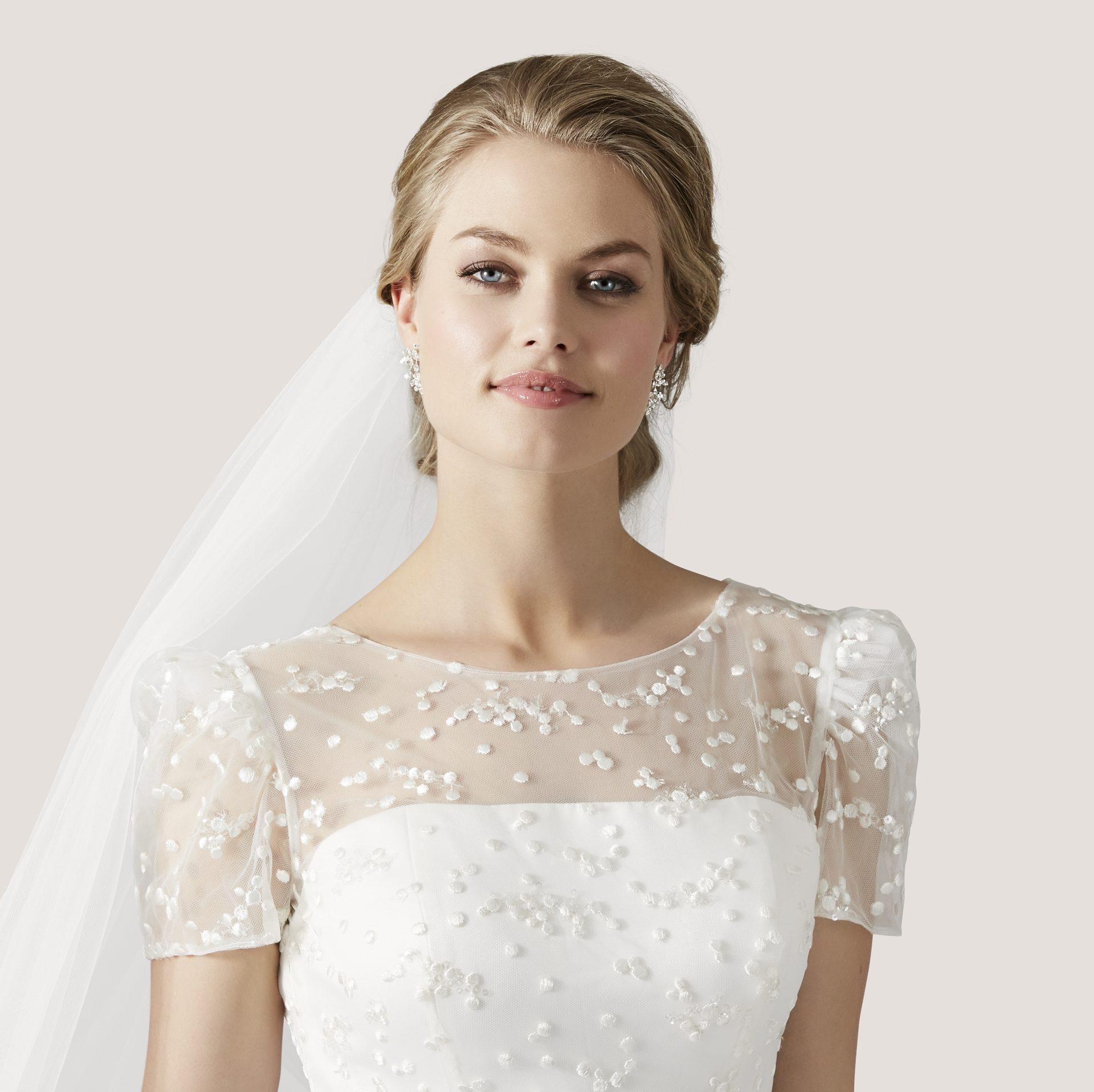 63e7b58e240f5a Princess Dreams - Hochzeitsausstatter   Brautgeschäft in Berlin