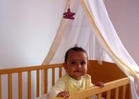 Größe Babybett, Größe Babymatratze und weitere wichtige Eigenschaften, die eine Babymatratze aufweisen sollte, Babymatratzen aus Naturfasern, aus Kaltschaum oder aus ...?