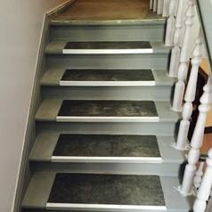 Hier sehen Sie die Treppe nachher