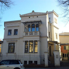 Am Neuen Garten 7 Potsdam (Hist. Fenster und Türen restauriert - Sonderisolierglas)