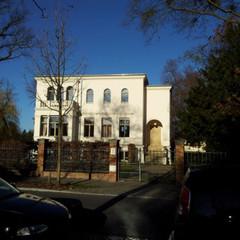 Mangestr. 1 Potsdam (Haustüren erneueert und Innentreppe restauriert)