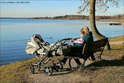 was gehört alles in eine Wickeltasche und was ist bei einer Wickeltasche zu beachten? www.von-mutter-zu-mutter hält vielerlei Checklisten rund um die Baby Erstausstattung für Sie bereit.