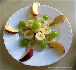 Ananas, Kiwi, Nektarien, Bananen und andere Früchte kreativ schneiden und dekorieren, Ideen aus Obst für Kindergeburtstag oder wenn Kinder schlecht Obst essen