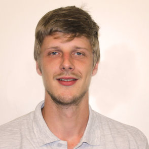 Meister, Kundendienst: Michael Iszovics