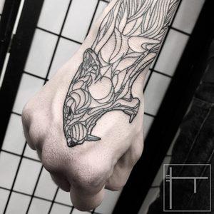 Koukos Selfmade Tattoo Berlin blackwork linework geometrie art abstract vegan walkin panther