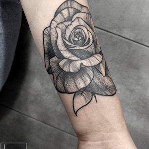 Koukos Selfmade Tattoo Berlin blackwork linework rose arm abstract vegan walkin