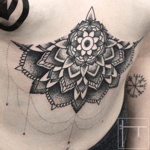 Koukos Selfmade Tattoo Berlin blackwork linework mandala underboob dotwork vegan walkin