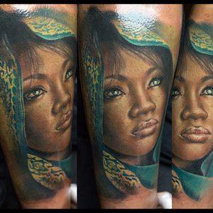 Selfmade Tattoo Berlin Zsofia Belteczky portrait