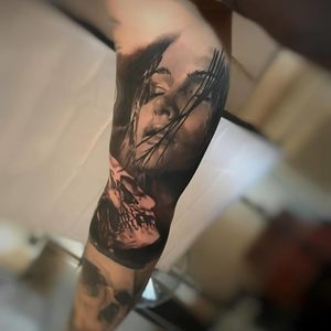 Selfmade Tattoo Berlin Kristof Tito Kondrat portrait skull face