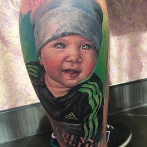Selfmade Tattoo Berlin Zsofia Belteczky child kid kind portrait