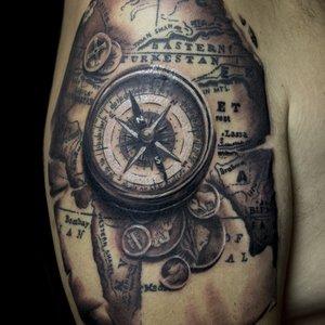 Selfmade Tattoo Das Tattoo Studio In Berlin Prenzlauer Berg