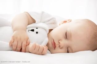Babyfon, Babyphone, Welches Babyfon ist empfehlenswert? Sicherer Babyschlaf, Einschlafrituale sowie das richtige Babyfon - hier lesen Sie, auf was Sie achten müssen. Babyfon Apps oder Babyfon mit Licht und Kamera - Mutter von Mutter empfiehlt
