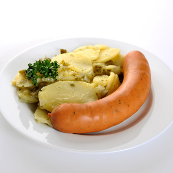 Krautwurst mit Hausmacher Kartoffelsalat