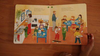 Sammlung an Diversity Spielzeug, Büchern und Filmen für Schwarze Kinder und Jugendliche und POC in Deutschland, Empowerment und Diversity Medienliste, Liste mit Kinderbüchern mit Schwarzen CharakterInnen, Figuren und anderen Protagonisten
