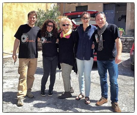 Fotograf Martin Buschman, Filmemacher Marc Lubetzki und Reiseveranstalterin Theodora Weck auf Sizilien