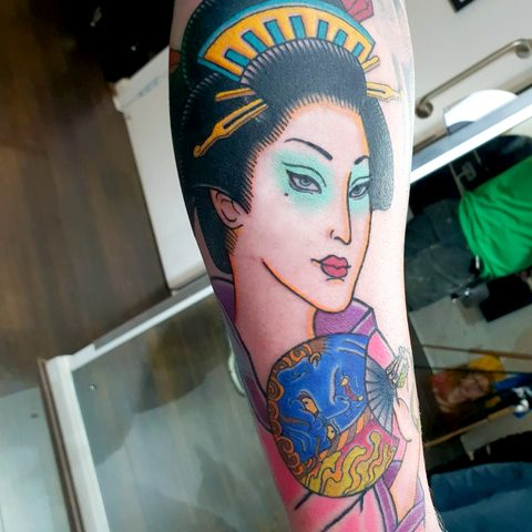 Selfmade Tattoo Berlin Angie Rimmel Vegan Walk In Traditional Asian Gesa