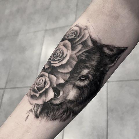 Bartek, Szulc ,Selfmade, Tattoo, Berlin, Vegan, Realistic, Fineline, Rose, Wolf, Collage