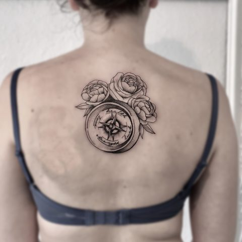 Hanna, Leah, Selfmade, Tattoo, Berlin, Vegan, Walkin, Fine line, Kompass, Rose
