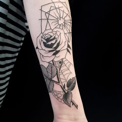 Selfmade, Tattoo, Berlin, Angie, Rimmel, Vegan, Walk In, Traditional, rose, glass, black