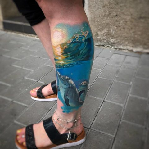 Selfmade Tattoo Berlin Kristof Tito Kondrat dolphin nature wave sund surf