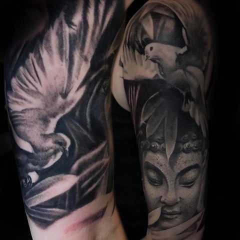 Selfmade Tattoo Berlin Kristof Tito Kondrat buddha taube pigeon peace