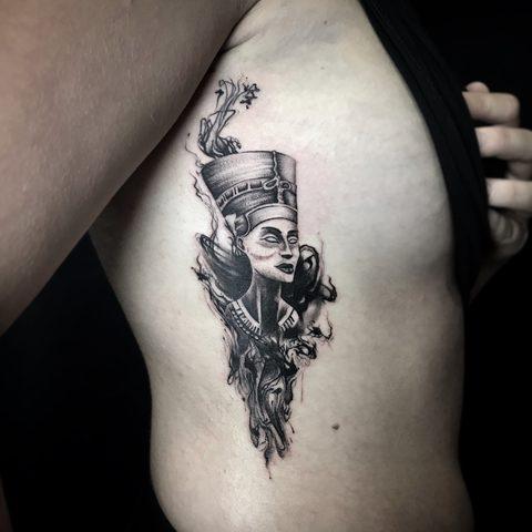 Bartek, Szulc, Selfmade, Tattoo, Berlin, Vegan, Realistic, Walkin, nofretiti, egypt, portrait, ribcage