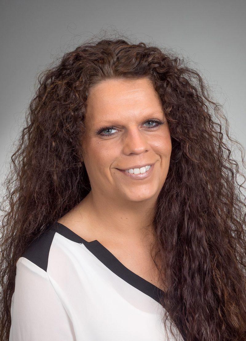 Romina Hibbeln Geschäftsleitung