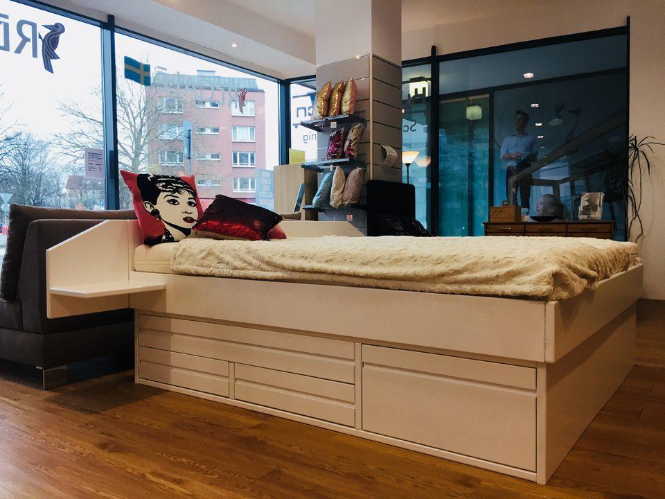 Regale Center Hamburg - Betten, Schranksysteme und Matratzen